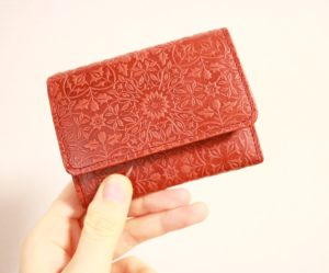 【ミニマリスト志向】長財布→ミニ財布へ!HIRAMEKI プチウォレットと財布の中身